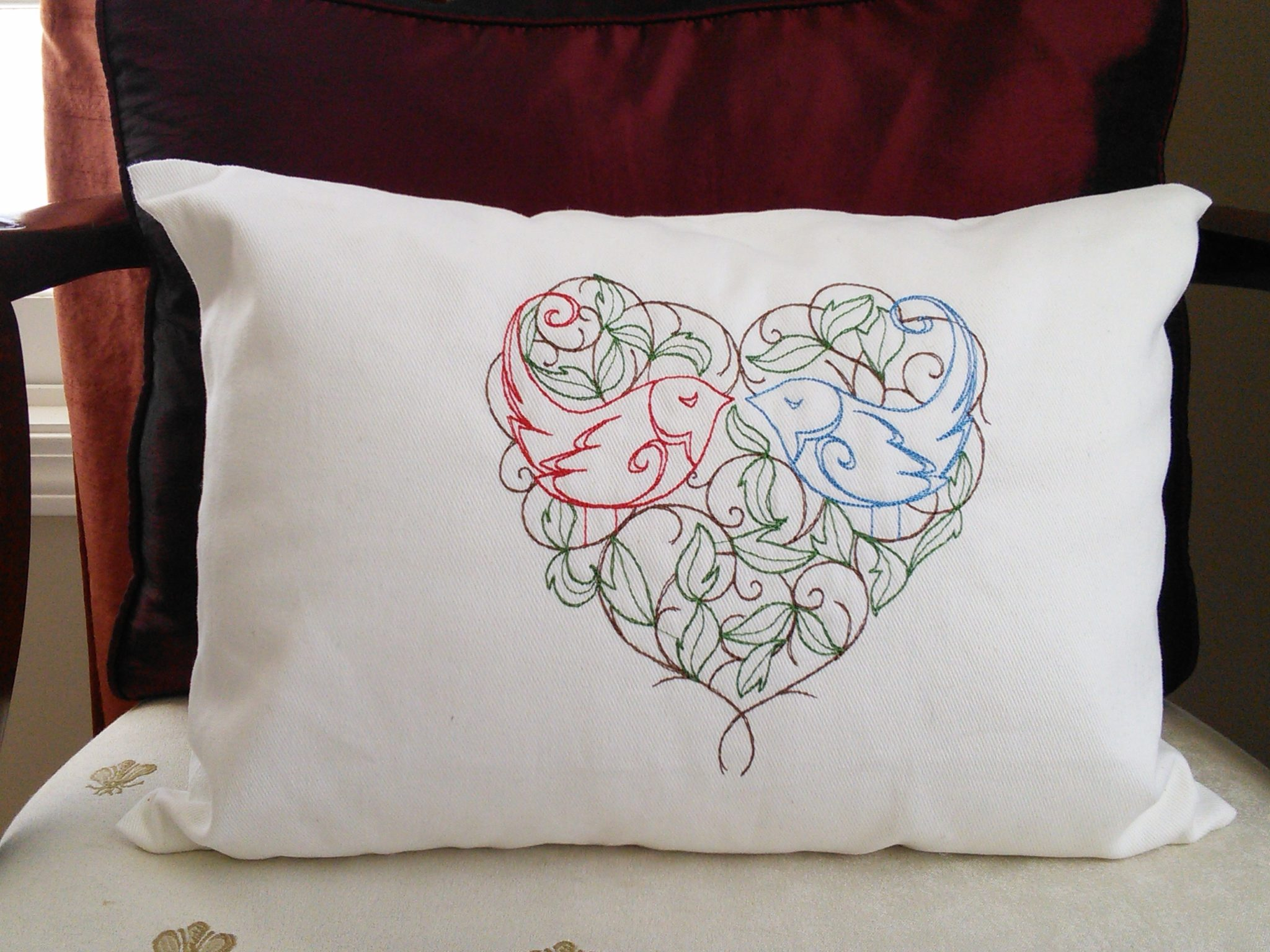 Embroidered Pillows Vineyard Thimble